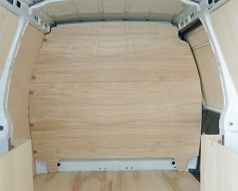 habillage cloison en contreplaqué bois pour utilitaire