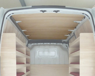 Plafond en contreplaqué pour utilitaire